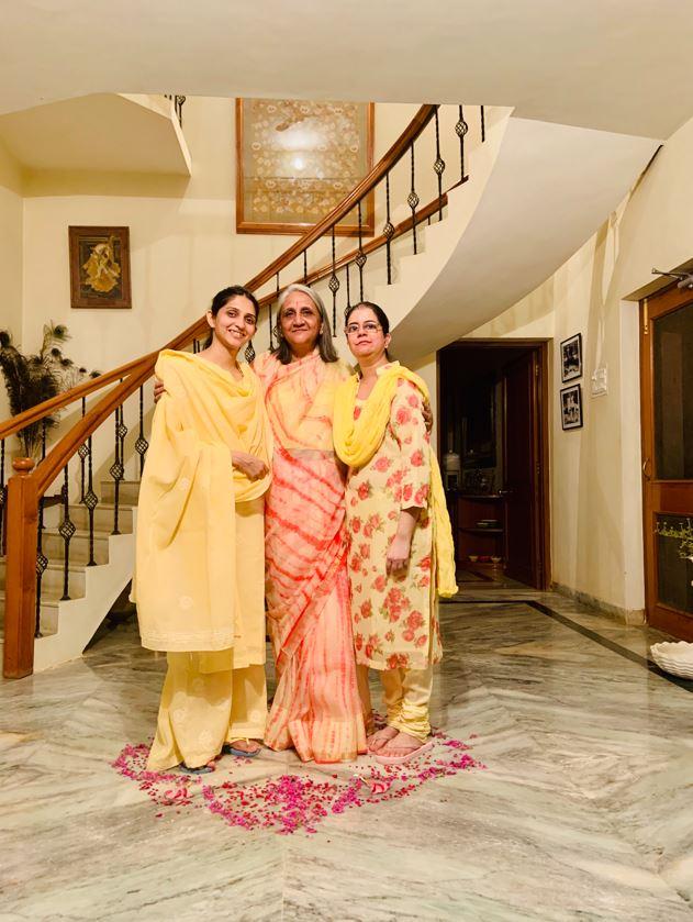 Richa Rajyalakshmi with family